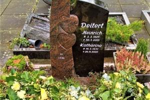 Herzebrock Grabstein Granit zweifarbig