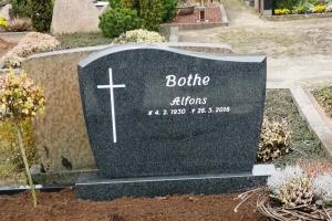 Hiltrup, Grabstein mit Kreuz
