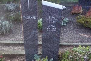 Grabstein zweiteilig Granit