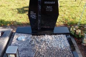 Clarholz, Urnengrab, Urnenanlage, Urnenstein, Abdeckplatte, Einfassung