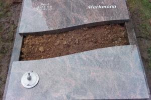 Hiltrup, Grabanlage, Einfassung, Abdeckplatte