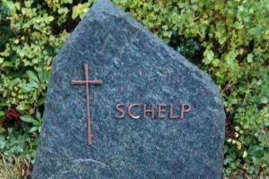 Bochum, Grabstein, Felsen, Bronzeschrift, Bronzeornament