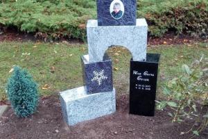 Espelkamp, Denkmal, Mehrteilig, Kindergrab, Porzellanbild, Ornament