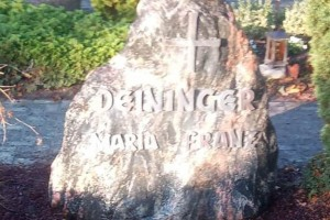 Sassenberg Grabstein mit Kreuz