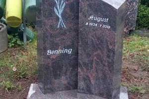 Spexard Doppelgrabstein mit Blume