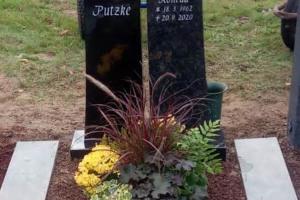Wiedenbrueck Doppelgrabstein mit Herz