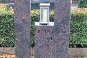 Telgte Grabstein zweiteilig modern mit Grablaterne