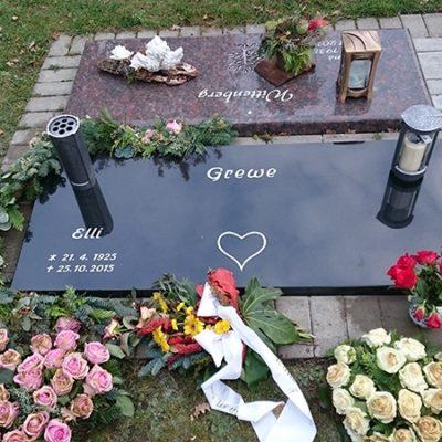 Beckum - Urnengrabanlage Grabstein mit Abdreckplatte