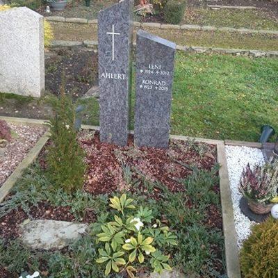 Vorhelm - Grabmal zweiteilig
