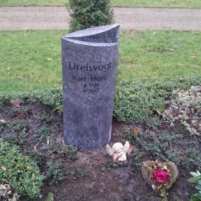 Wiedenbrück, Urnengrabstein für den Memoriam Garten