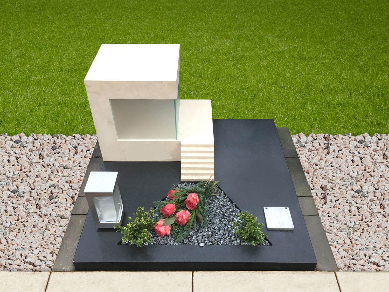 Grabstein, entworfen von Steffen Robers